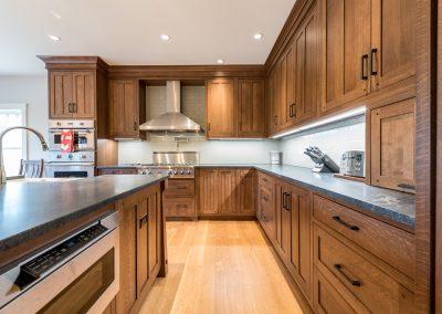 Custom Kitchen Cabinets